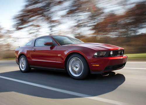 Early Arrival: 2010 Ford Mustang Images