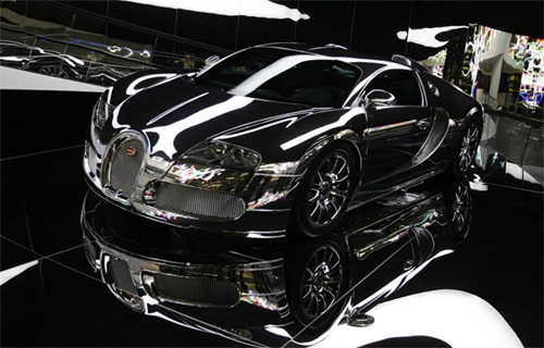 Picture Me Rollin: Mirror Finished Bugatti Veyron
