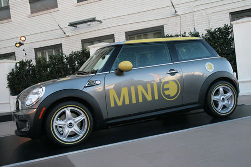 Mini E Emerges Popular in America