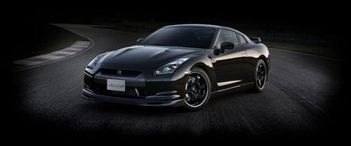 2010 Nissan GT-R Spec V Revealed by Nissan
