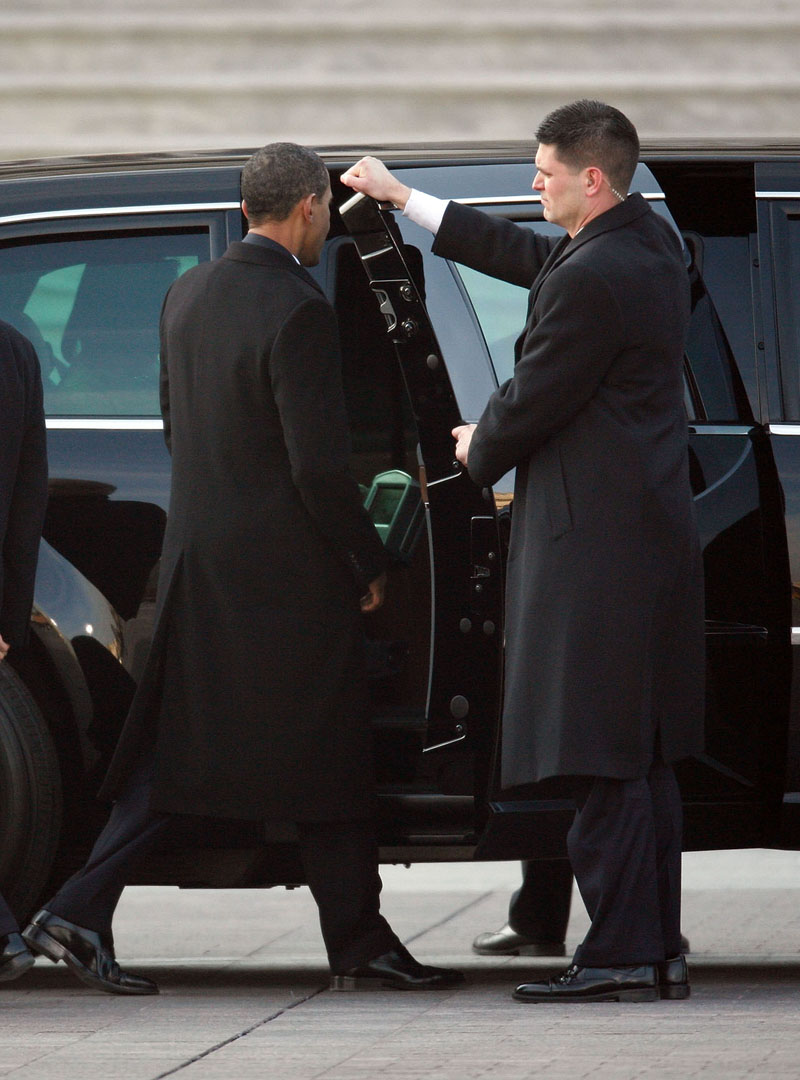 President Obama S Presidential Limousine The Beast