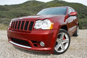 2009jeepgrandcherokeesrt8beautyrightclose01small