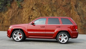 2009jeepgrandcherokeesrt8beautysidetwo01small