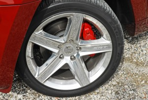 2009jeepgrandcherokeesrt8wheeltirebrake01small