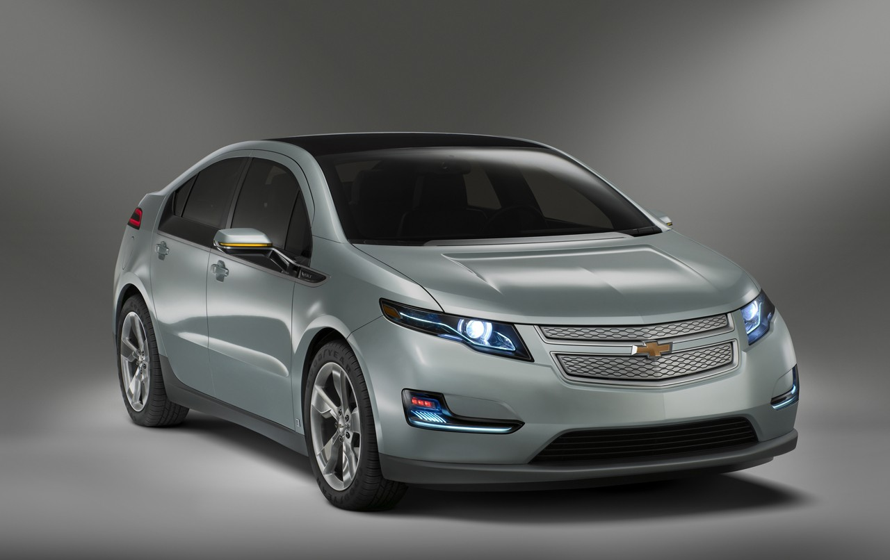 tricked out chevy volt or opel ampera er ev at geneva auto show. Black Bedroom Furniture Sets. Home Design Ideas