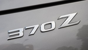 2009nissan370zbadge01small