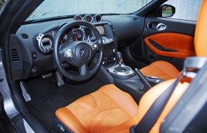 2009nissan370zcockpit01small
