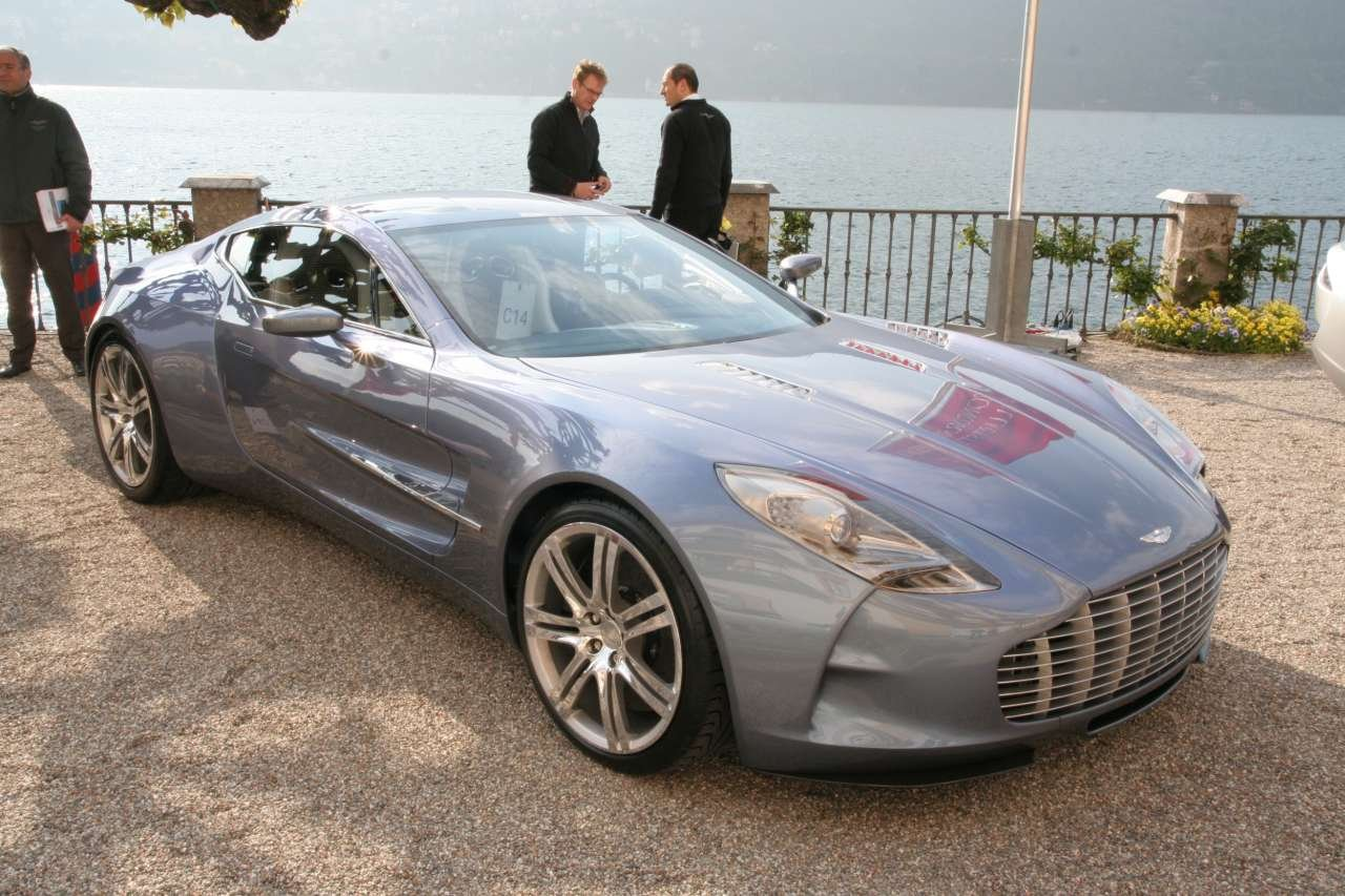 Aston Martin One 77 At Concorso D Eleganza Images And Videos Automotive Addicts