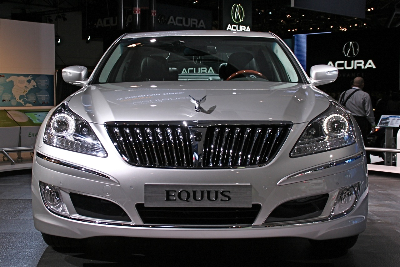 2009 New York International Auto Show Hyundai Equus