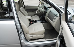 2009fordescapehybridfrontseats01small