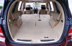 2009mercedesbenzgl320bluetecrearcargoallseatsdown01small