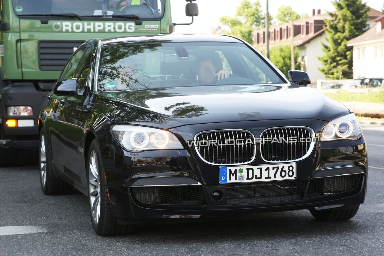 BMW Will Not Offer M7 M Sport Package For 7 Series