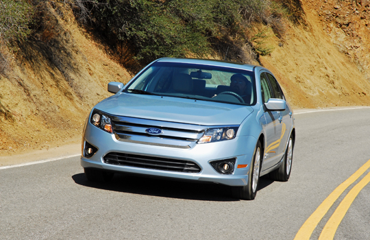 2010 ford fusion hybrid review test drive. Black Bedroom Furniture Sets. Home Design Ideas