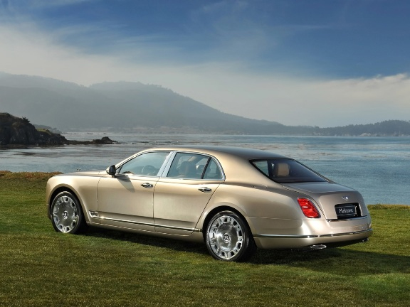 Bentley Mulsanne Makes Debut at Pebble Beach Concours d'Elegance Monterey, California