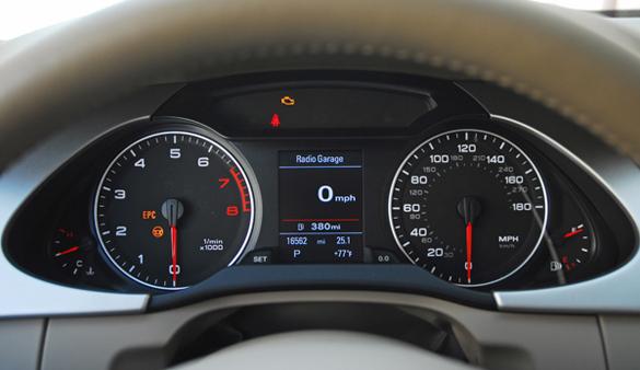 2009 AudiA4QuattroInstrumentCluster01small