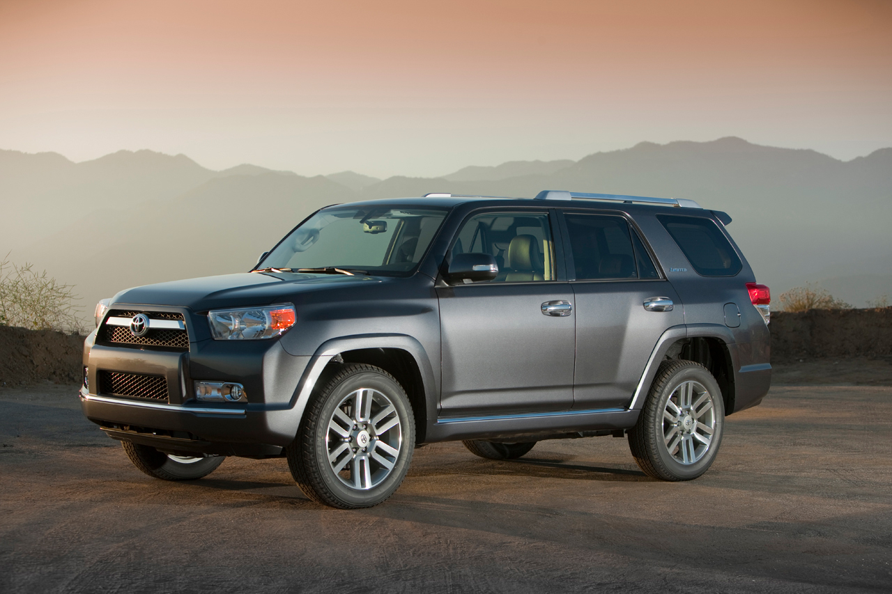 2010 toyota 4runner revealed. Black Bedroom Furniture Sets. Home Design Ideas