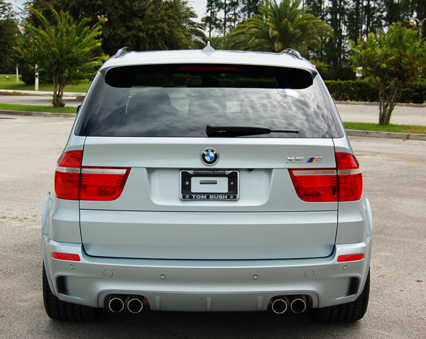 2010 bmw x5 m review test drive. Black Bedroom Furniture Sets. Home Design Ideas