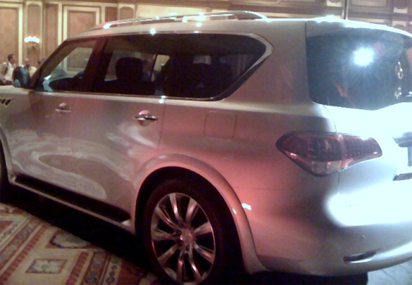 2011 Infiniti Qx56 Spy Shot Rear