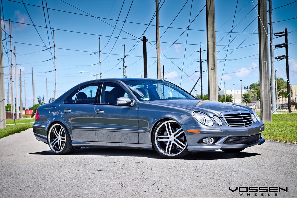 Mercedes benz e550 riding on 20 inch vossen vvs085 wheels for Mercedes benz 20 inch rims