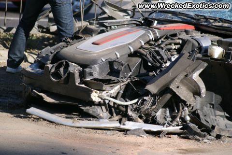Фото аварии мерседес: http://photoicar.ru/foto-avarii-mersedes.html