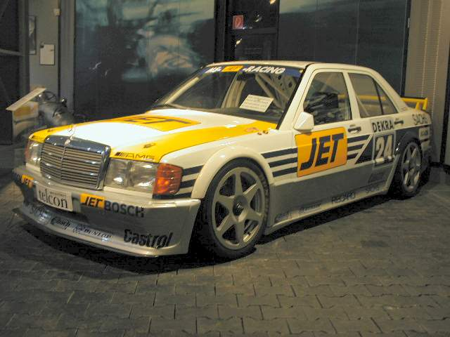 Old School of the Week: Mercedes Benz 190E 2.3-16