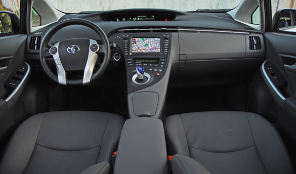 2009ToyotaPriusDashboardTwo01small