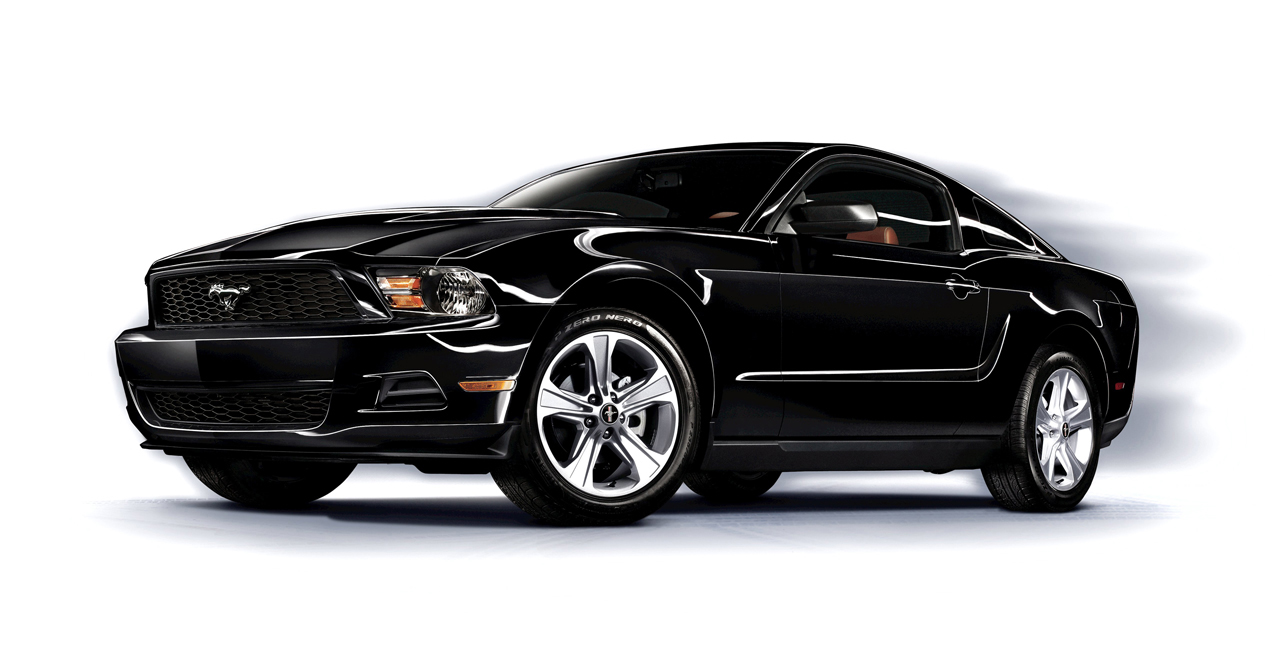 la auto show preview 2011 ford mustang v6 gets 305hp and. Black Bedroom Furniture Sets. Home Design Ideas