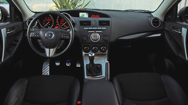 2010MazdaSpeed3Dashboard01small