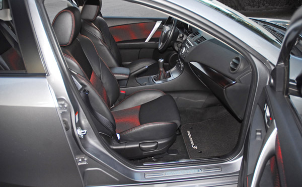 2010MazdaSpeed3FrontSeats01small
