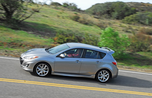 2010MazdaSpeed3PanLeftUp01small