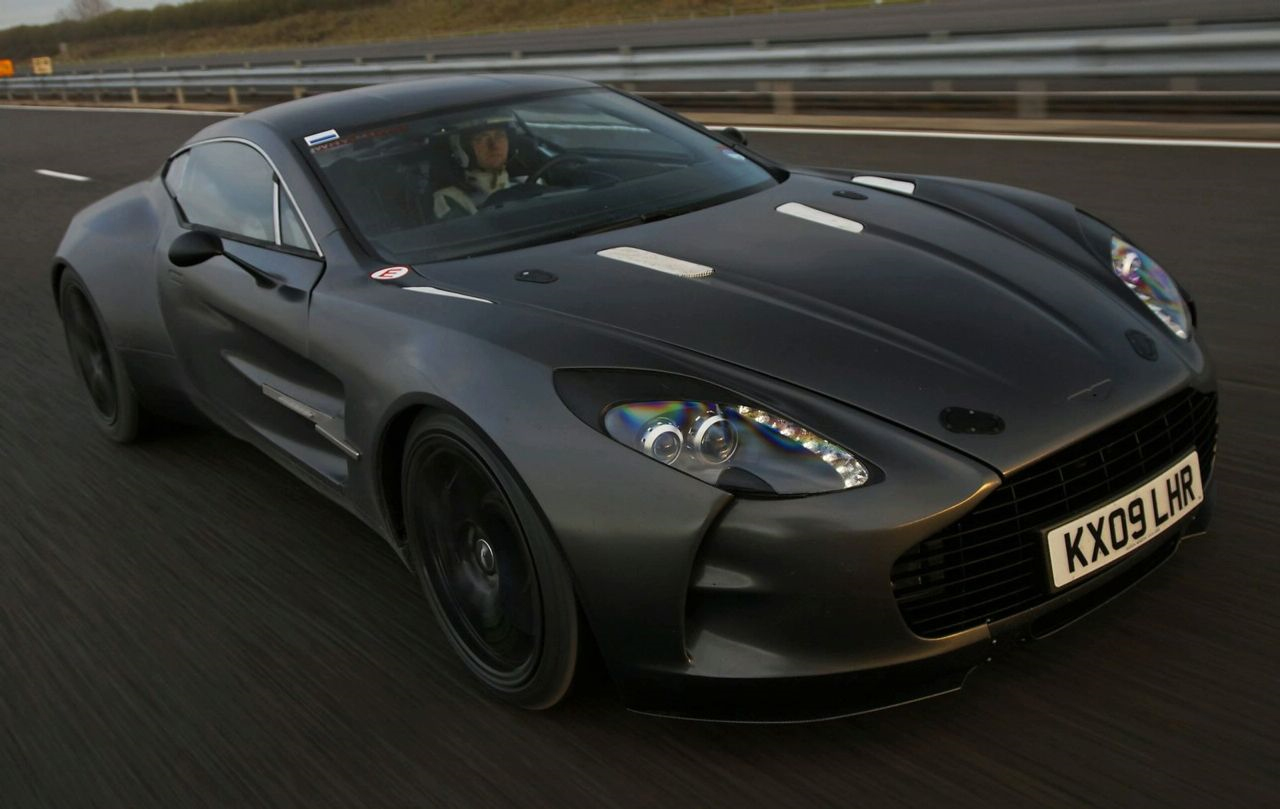 Aston Martin One 77 Does 220mph During Testing