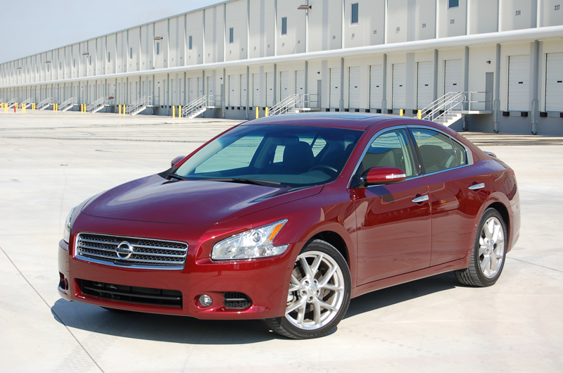 2010 Nissan Maxima SV Review & Test Drive – The 4-door Sports Car Lives On
