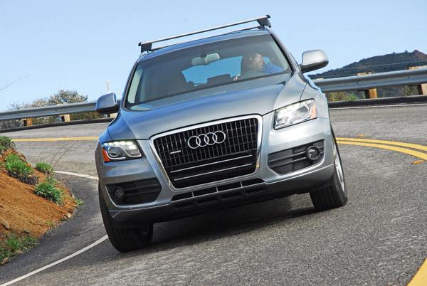 2010 Audi Q5 Review & Test Drive – A Smaller Q7