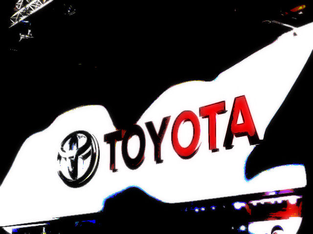 Toyota issues new voluntary recall for sticking accelerator pedals, 2.3 million vehicles affected