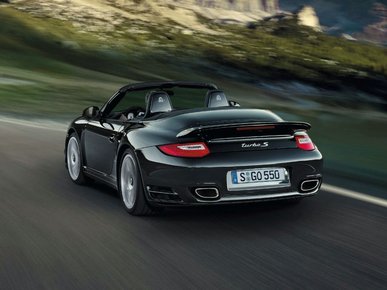 2011 porsche 911 turbo s w 530hp revealed. Black Bedroom Furniture Sets. Home Design Ideas
