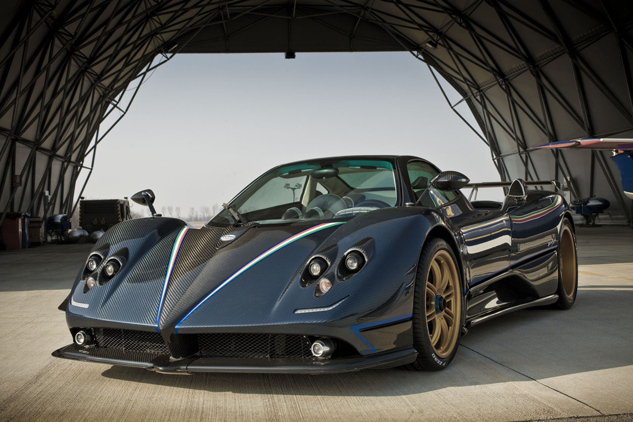 The Pagani Zonda Tricolore will be unveiled at the upcoming Geneva ...