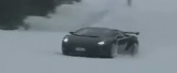 Lamborghini Gallardo Goes Skiing