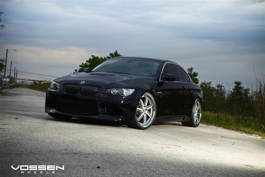BMW M3 Convertible Top-Up Riding Pretty on Vossen VVS086 20-inch Wheels