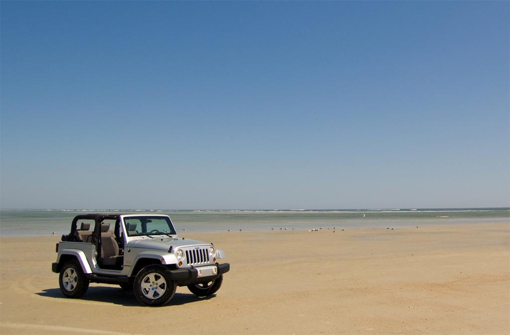 2010 Jeep Wrangler Sahara Beach Distance