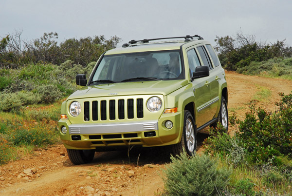 2010 jeep patriot limited 4 4 review test drive. Black Bedroom Furniture Sets. Home Design Ideas
