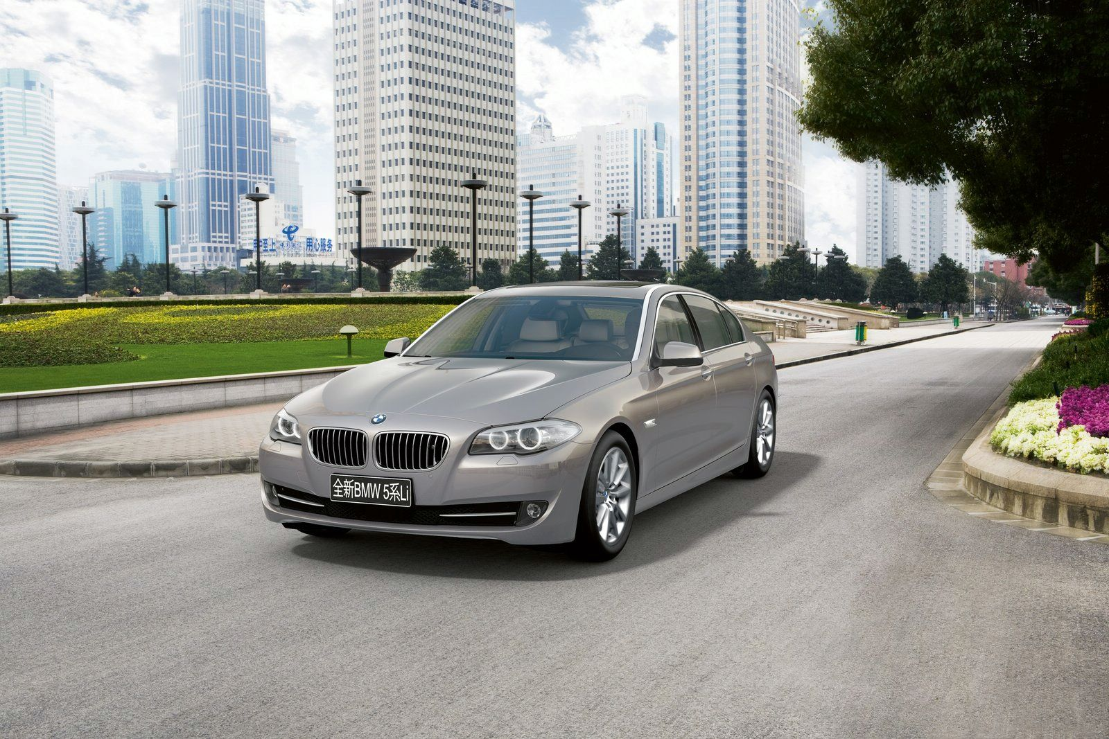 2011 Bmw 5 Series Long Wheelbase Revealed W Video Automotive Addicts