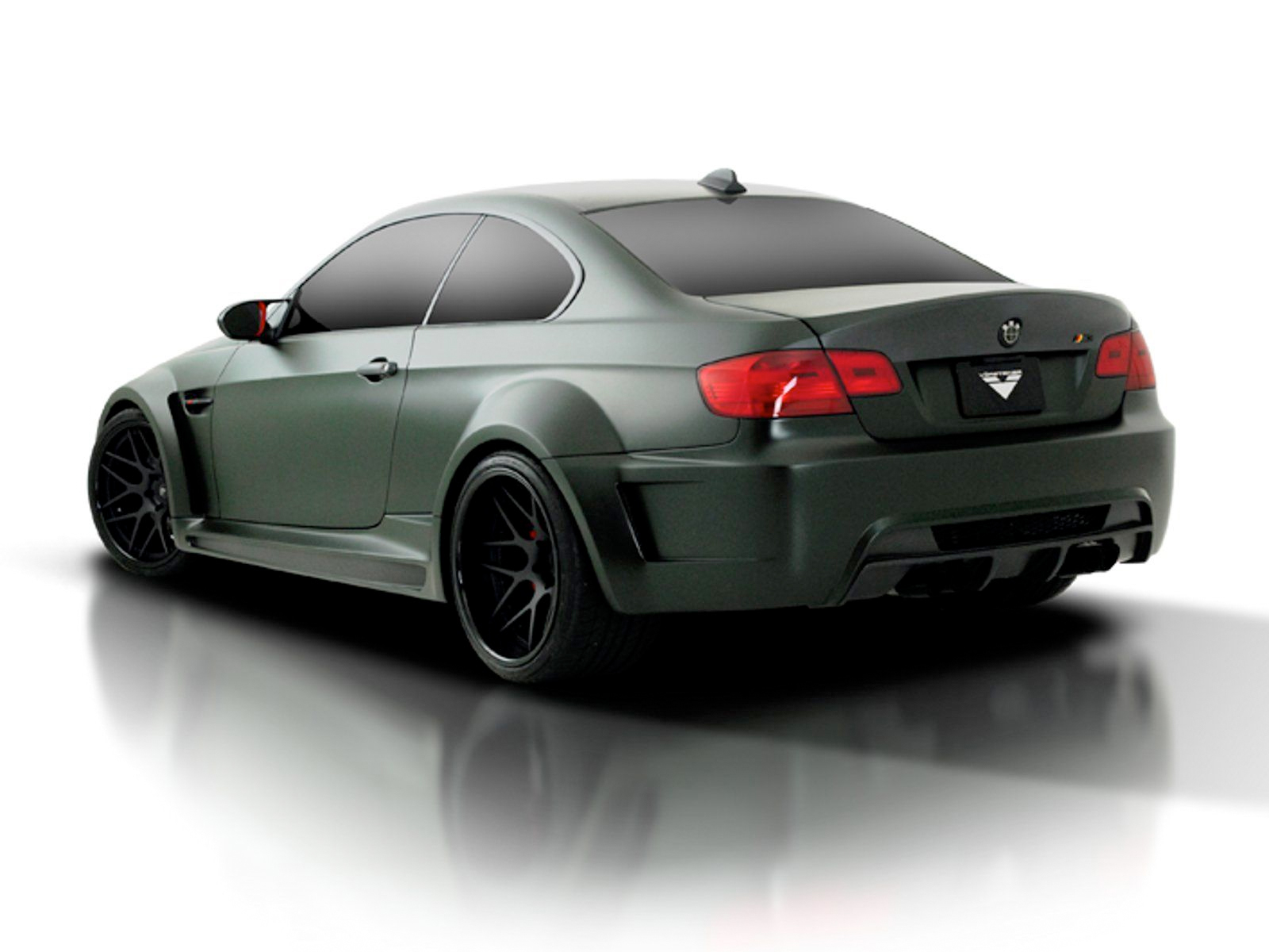 BMW M3 E92 Vorsteiner GTRS3