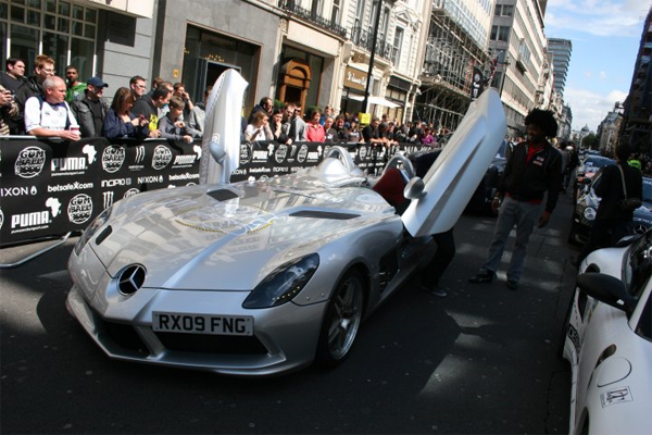 Video: Gumball 3000 Rally Jump Starts in London