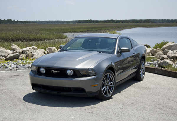2011 Ford Mustang GT 5.0 Review & Test Drive
