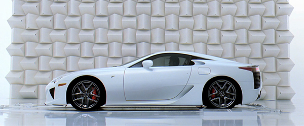 "Lexus LFA Featured in Lexus ""Pitch"" Commercial"