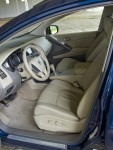 2010-nissan-murano-sl-front-seats-side