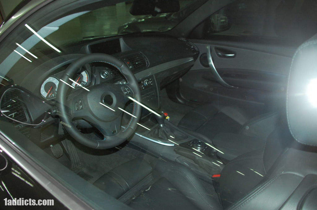 Closer Look w/Video: Inside of the BMW 1-Series M Coupe