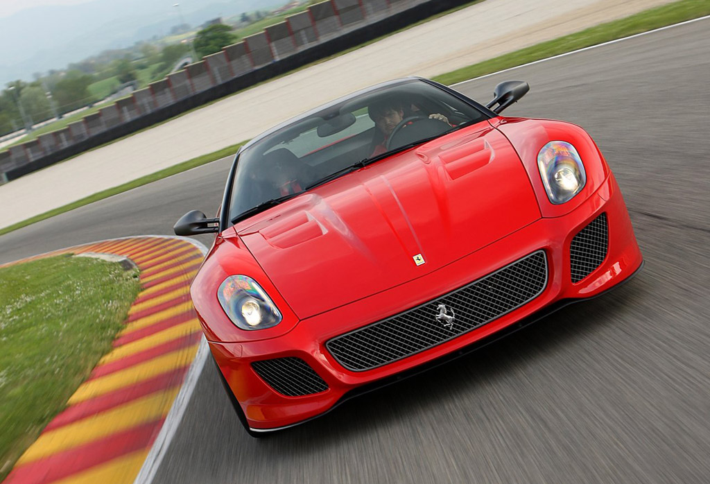 High-Resolution Images: Ferrari 599 GTO