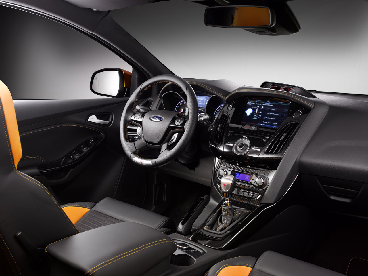 2012 Ford Focus ST Press