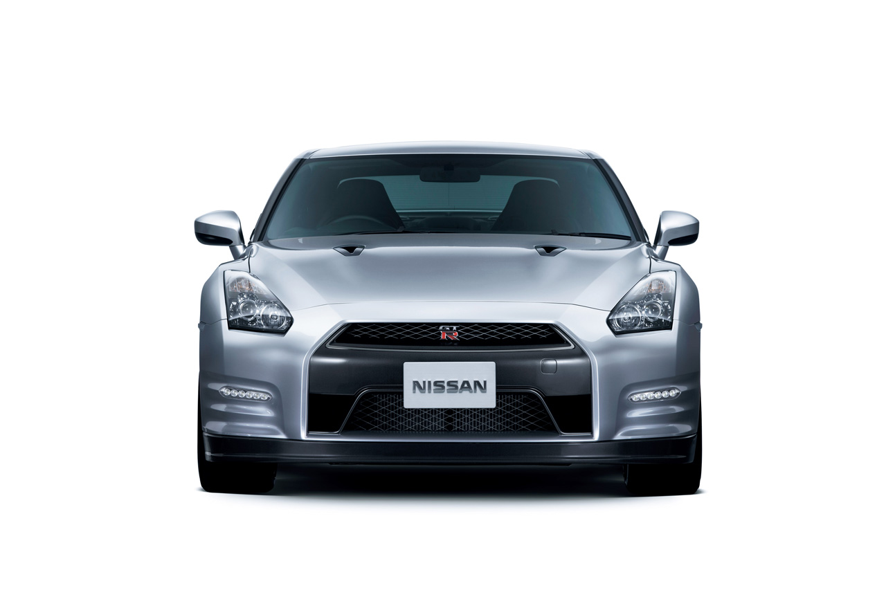 the full 2011 Nissan GT-R